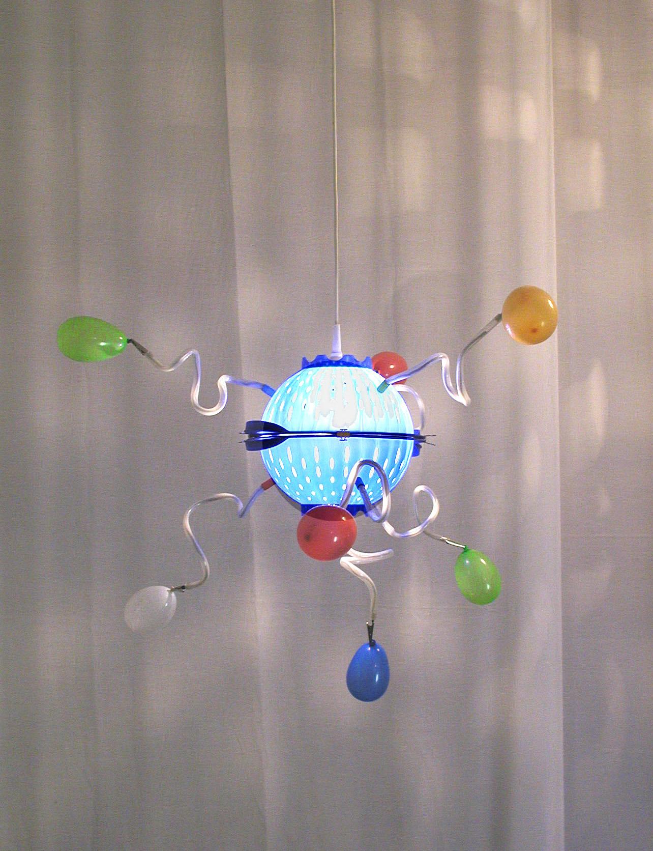 Lampe in holzstamm alles ist gestaltung - Holzstamm lampe ...